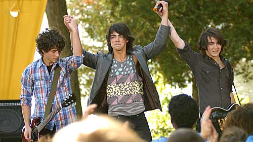 groucho reviews camp rock tv